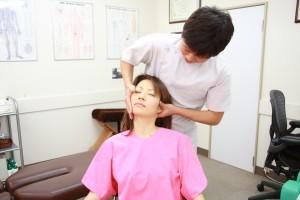 頚椎アジャスト